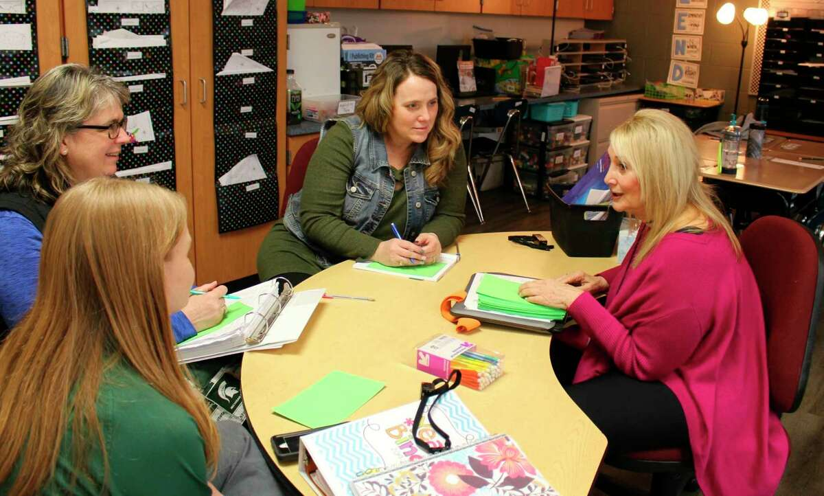 Sherry Sparks, right, working with Lakers Schools teachers. Sparks is working to help teachers change their teaching methods so that all Lakers students can reach their full potential. (Courtesy Photo)