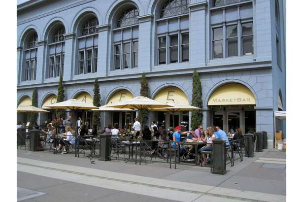 The Ferry Building's longtime outdoor dining destination, MarketBar, will shutter in April 22, 2020.