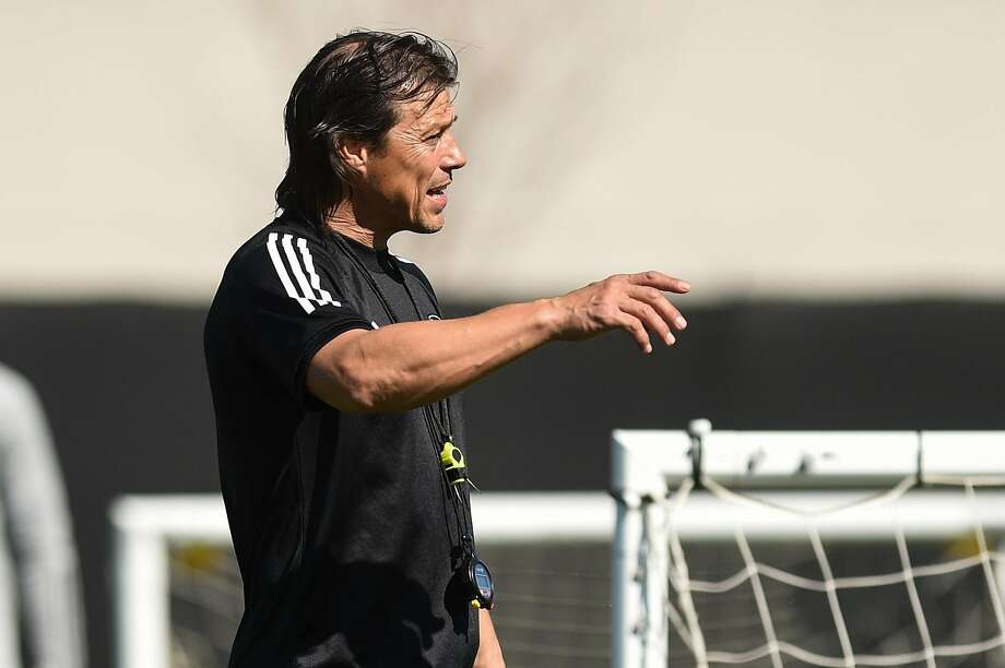 Earthquakes coach Matías Almeyda, who is from Argentina, is considered one of the world's most promising coaches. Photo: Cody Glenn / Special To The Chronicle 2019