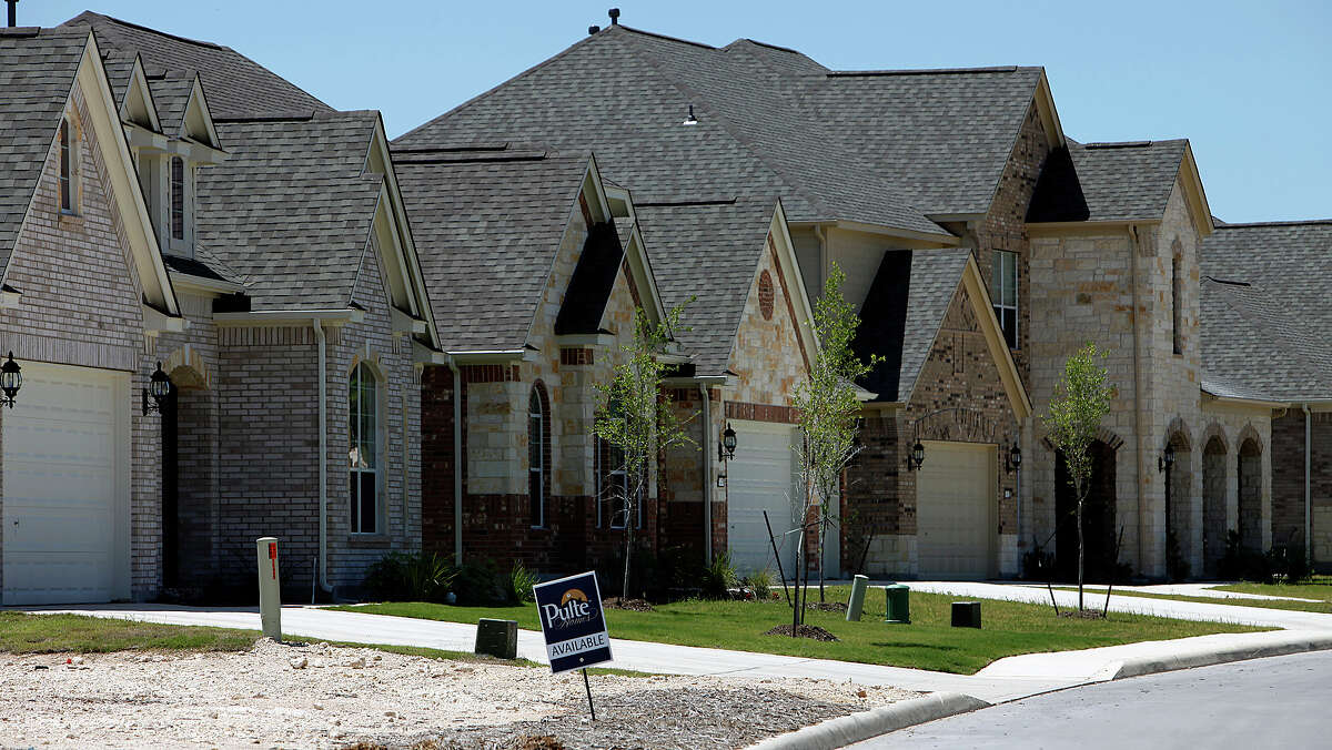 Pulte Homes in Alamo Ranch