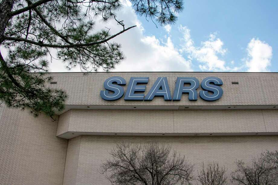 The Sears anchor store in Deerbrook Mall will be closing on April 11, nearly one and a half years after the company filed for bankruptcy in October 2018. Photo: Savannah Mehrtens/Staff Photo / Savannah Mehrtens/Staff Photo