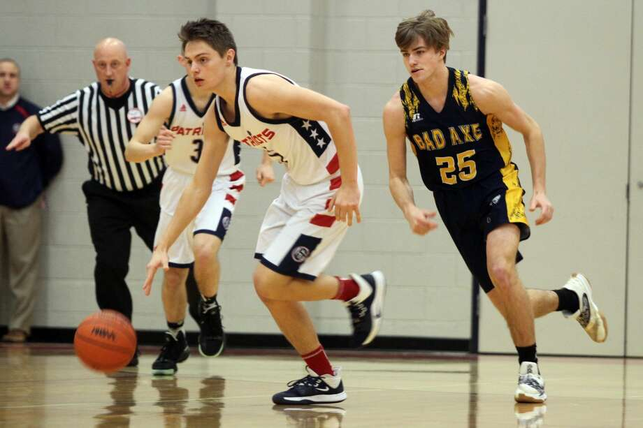 The USA boys basketball team picked up a 65-53 win over Bad Axe at home on Friday, Feb. 28. Photo: Eric Rutter/Huron Daily Tribune