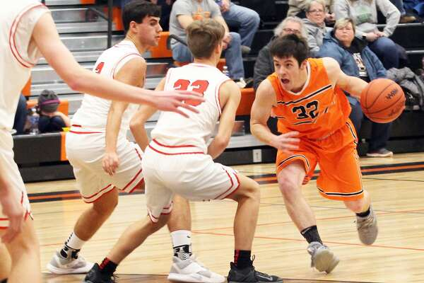 The Ubly boys basketball team picked up its 11th win of the season with a 43-29 victory over visiting Marlette on Friday night.
