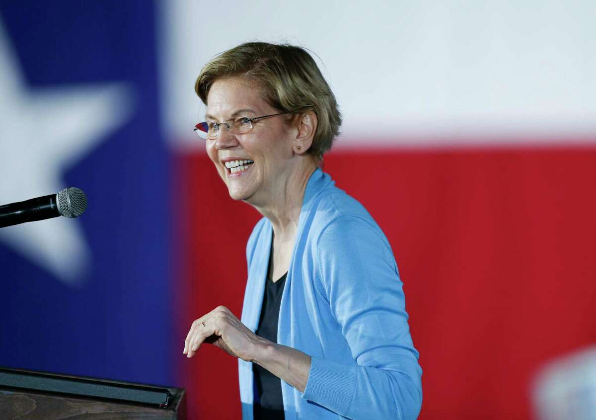 U.S. Democratic presidential candidate Elizabeth Warren gives a speech during a town hall gathering a Discovery Green in downtown Houston on Saturday, February 29, 2020.