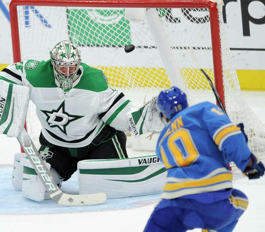 The Blues' Brayden Schenn (10) scores against Stars goalie Anton Khudobin during the second period Saturday night in in St. Louis. Photo: Associated Press