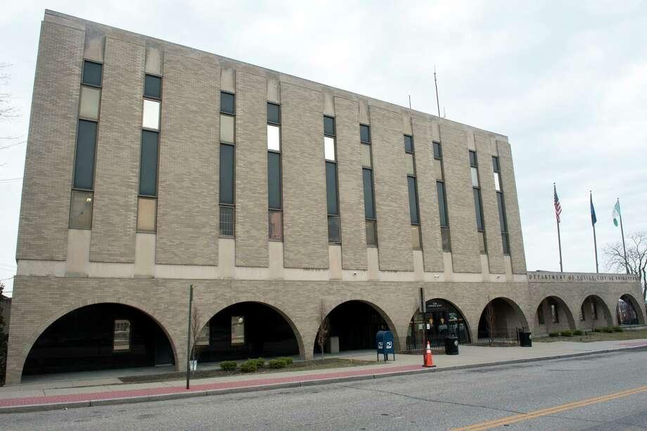Exterior, Bridgeport Police Headquarters in Bridgeport, Conn. March 1, 2018. Photo: Ned Gerard / Hearst Connecticut Media / Connecticut Post