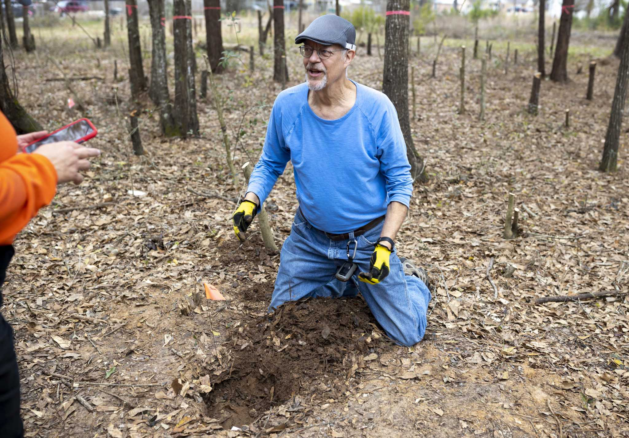 Cadaver Dogs Help Discover Forgotten Graves At Historic Conroe