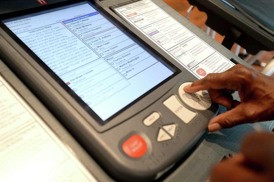 Jefferson County's voting machines Photo: Kim Brent / Kim Brent/Kim Brent/The Enterprise / Beaumont Enterprise