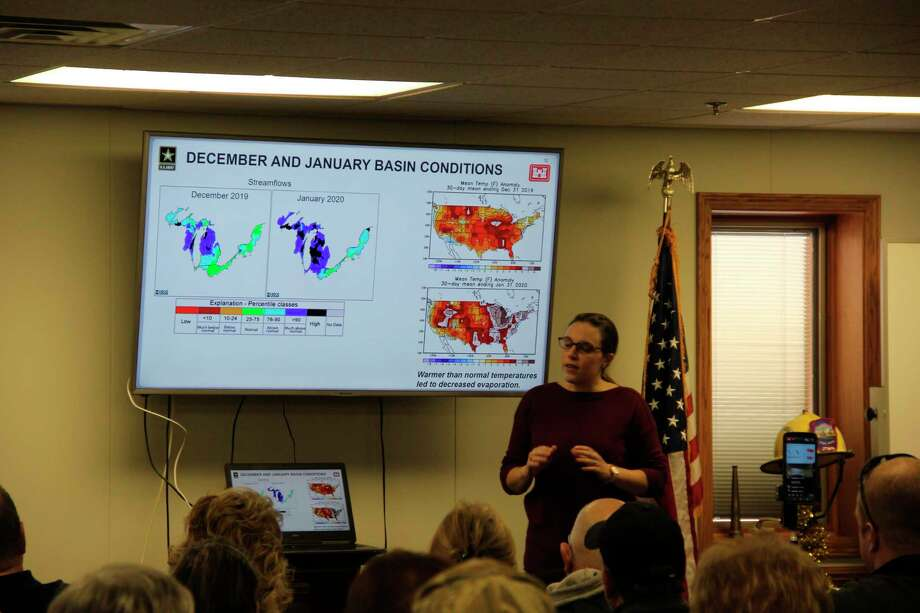Deanna Apps of the Army Corps of Engineers talks about high water levels at a meeting in Caseville on Friday. The meeting featured several speakers addressing the issue of high levels along the lake. (Robert Creenan/Huron Daily Tribune)