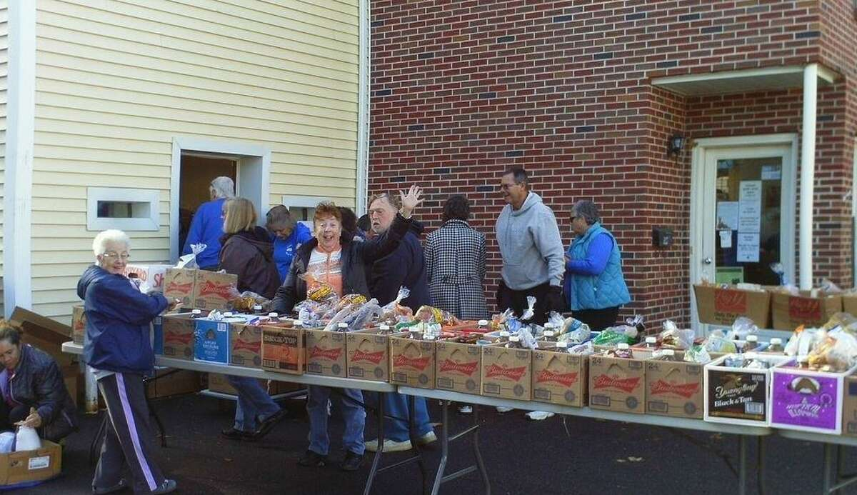 Friendly Hands Food Bank is offering its services to state and federal employees who have been impacted by the government shutdown.