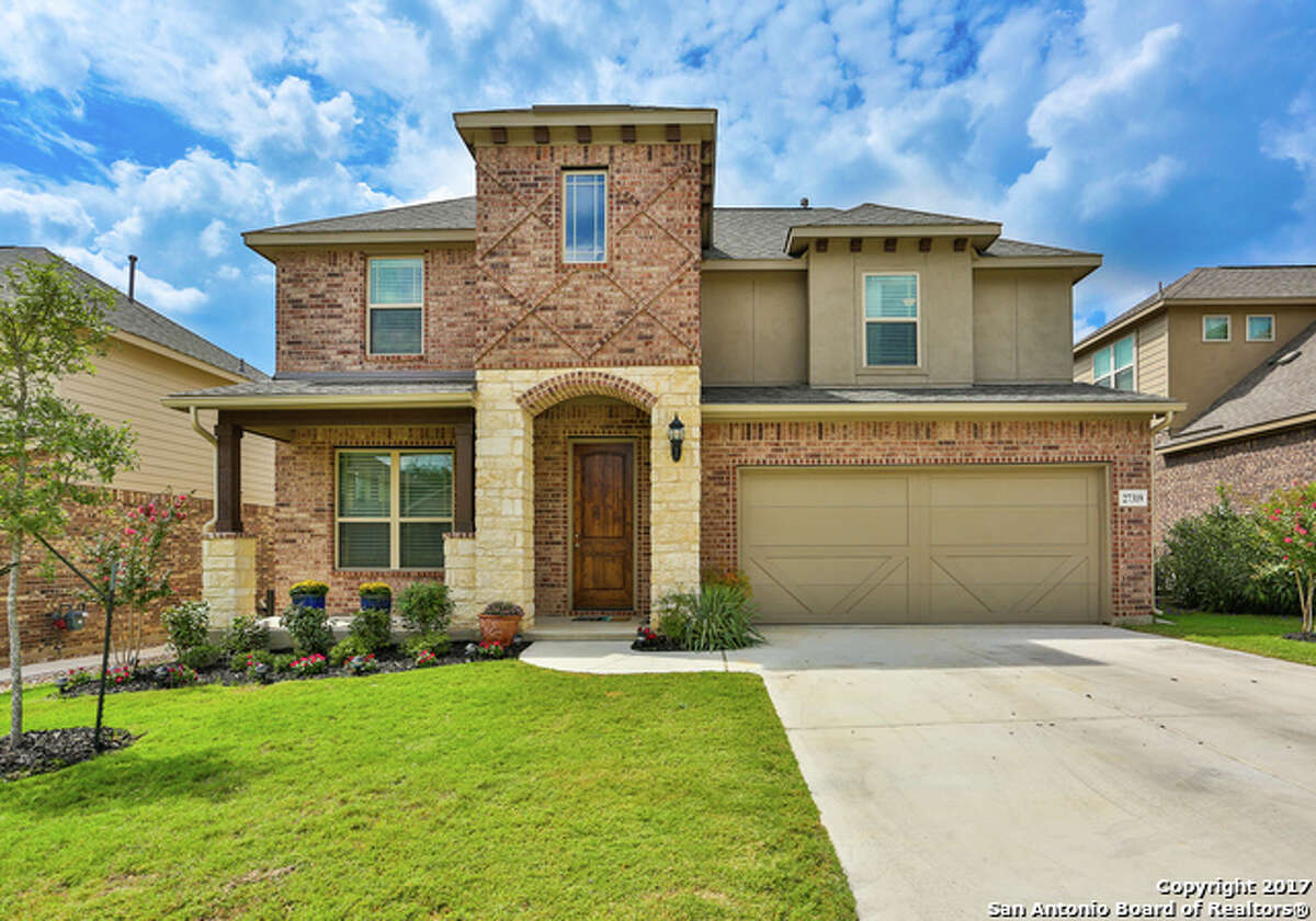 ADDRESS: 27319 Smokey Chase. ZIP: 78015 DESCRIPTION: Beautiful & ready for immediate move in with decorator touches! Open living concept w/ master down! Vinyl wood flooring in the main living, kitchen, study & entry. The spacious kitchen has gas cooking, granite, stainless appliances, 42