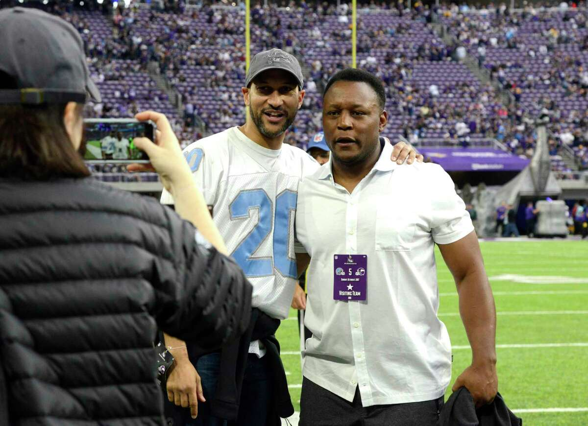 MINNEAPOLIS, MN - OCTOBER 1: Actor Keegan-Michael Key takes a photograph with former Detroit Lions running back Barry Sanders on the sidelines before the game between the Lions and the Minnesota Vikings on October 1, 2017 at U.S. Bank Stadium in Minneapolis, Minnesota. (Photo by Hannah Foslien/Getty Images) ORG XMIT: 700070649