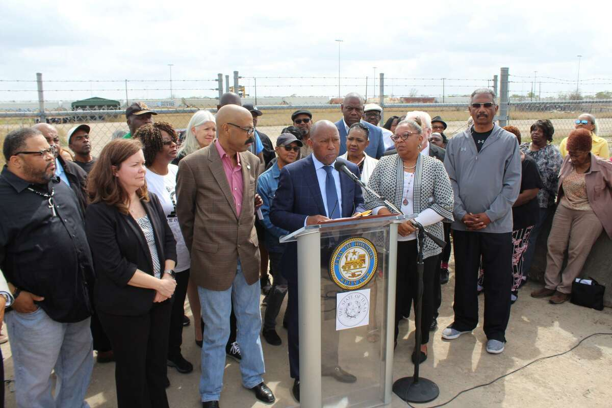 On Monday, state and local officials informed the community of the timeline during a press conference outside the Englewood Rail Yard.