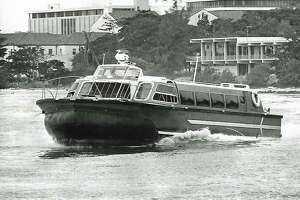Hovercraft Excalibur flies on Miami River to Miami Seaquarium in 1976.
