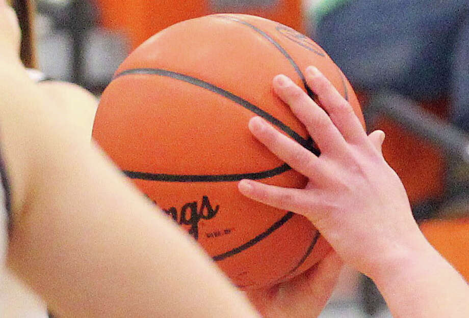 Thumb-area boys teams are wrapping up the regular season this week. Photo: Tribune File Photo