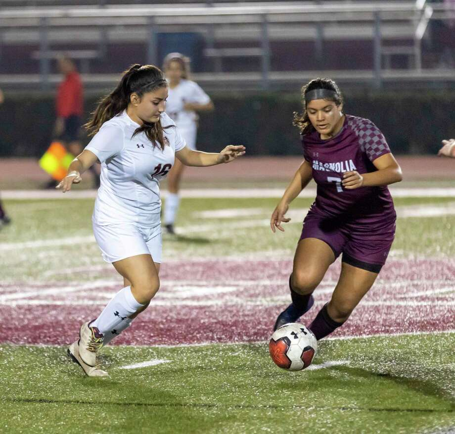 Magnolia soccer player Gabby Palomino (7), shown here in the earlier meeting against Magnolia West in February, scored Tuesday night in the second meeting between the rivals. Photo: Gustavo Huerta, Houston Chronicle / Staff Photographer / Houston Chronicle