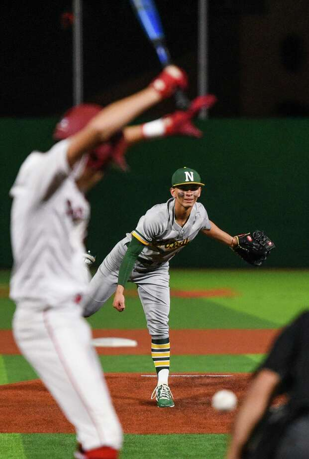 TJ Rogerio and Nixon will open District 29-6A play at 7 p.m. Tuesday against United South at Krueger Field. Photo: Danny Zaragoza /Laredo Morning Times File