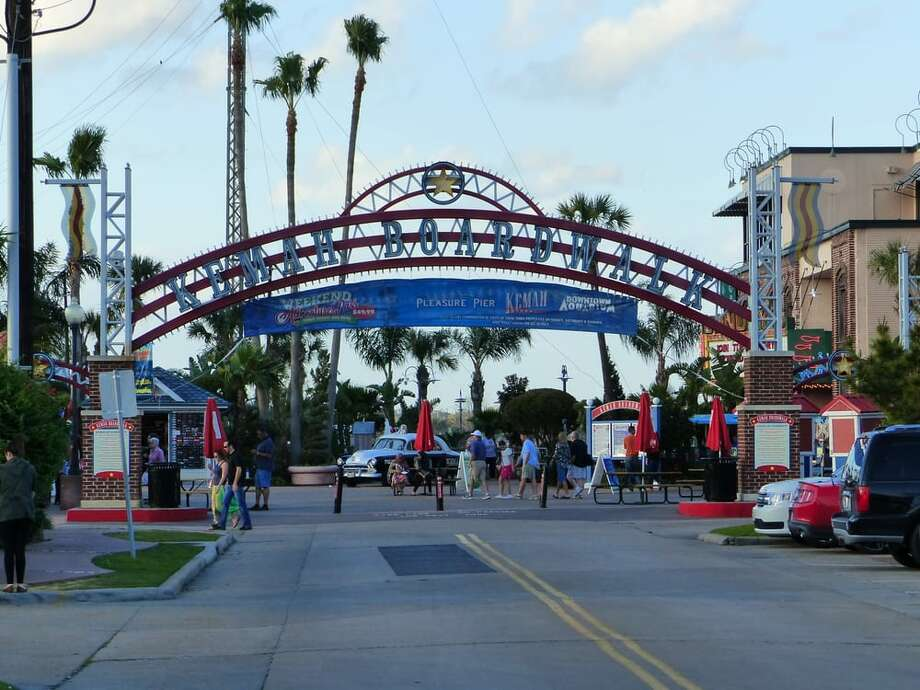 The Kemah Boardwalk announced it will reopen all rides starting Friday, June 5. Photo: Yelp/Harry H. Photo: Yelp/Harry H.