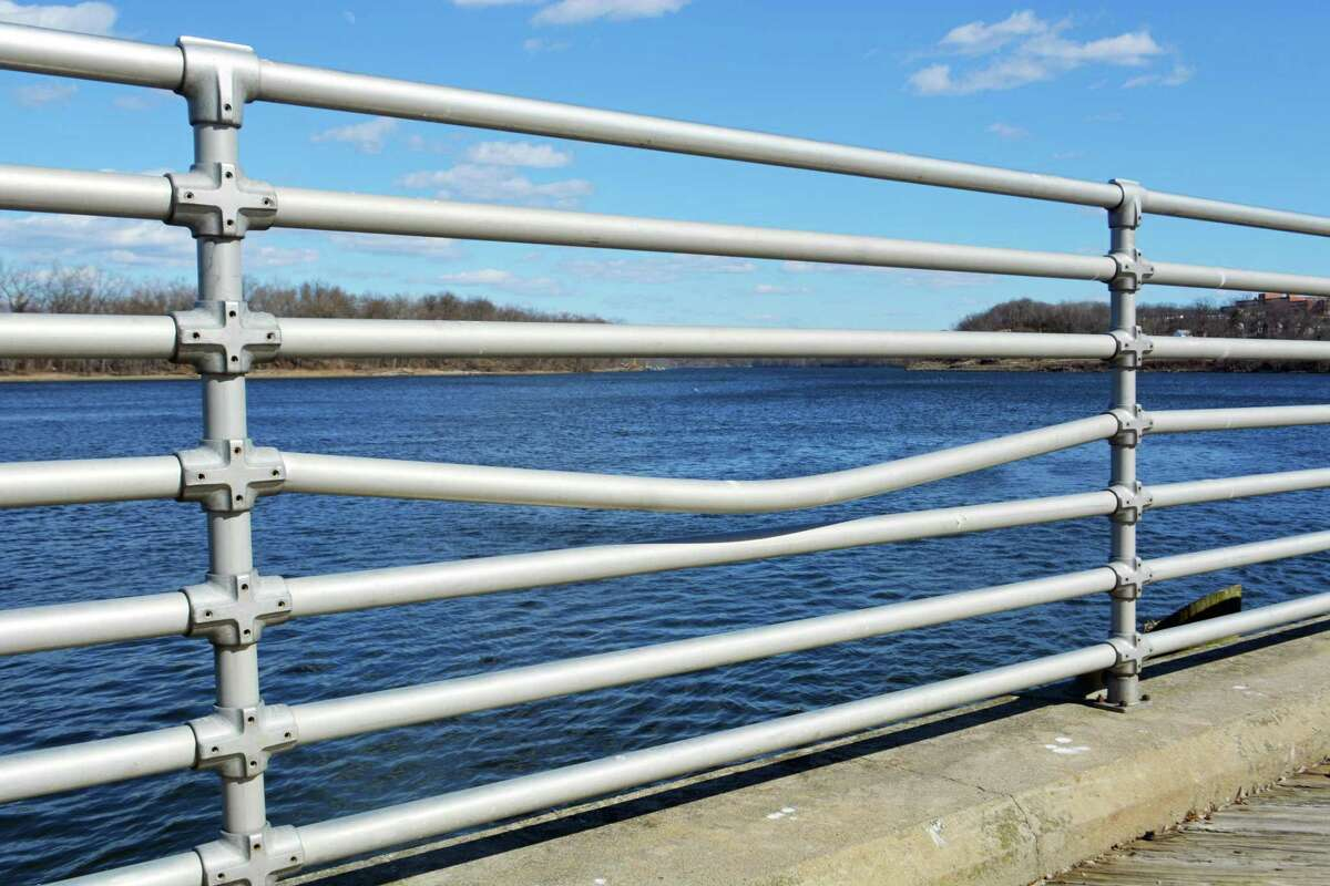 The Middletown Common Council approved a request for replacement of wood decking with concrete sidewalks, safety railing, unit pavers and shade pavilions at Harbor Park aimed to improve accessibility and safety.