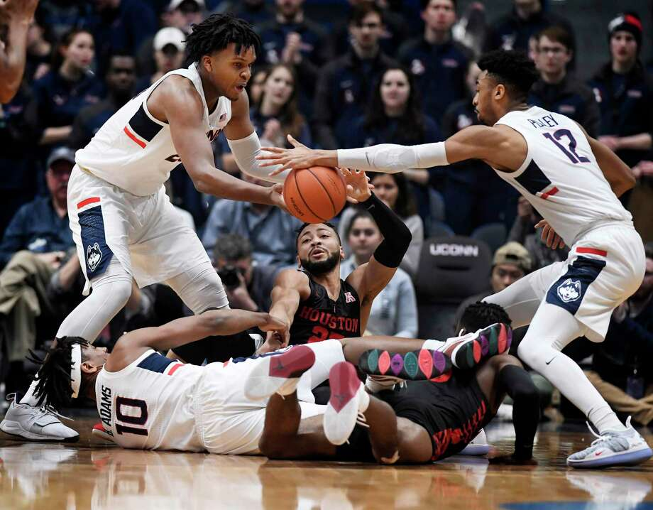 UConn will host No. 21 Houston on Thursday at Gampel Pavilion. Photo: Jessica Hill / Associated Press / Copyright 2019 The Associated Press. All rights reserved