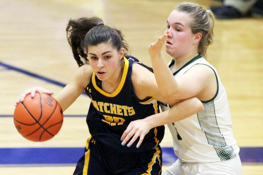 Bad Axe beat Laker, 48-31, on Wednesday night to advance to Friday night's district title game. Photo: Eric Rutter/Huron Daily Tribune