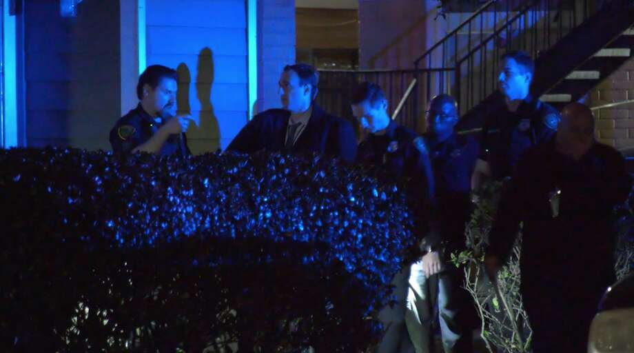 Houston police investigate a deadly shooting in the 12600 block of Ashford Meadow Drive on Thursday, March 5, 2020. Photo: OnScene.TV