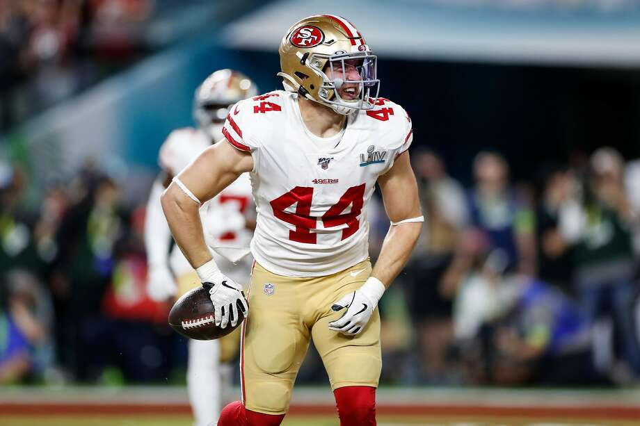 Kyle Juszczyk, a four-time Pro Bowl selection, will earn $5.05 million in 2020, plus gets a $1.25 million signing bonus. Photo: Scott Strazzante / The Chronicle