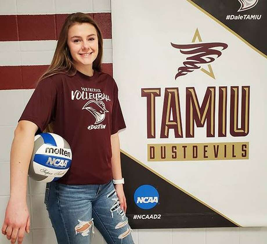 TAMIU head coach Brittany Harry announced Thursday the addition of Makenzey Blades to the roster for the 2020 season. Photo: Courtesy Of TAMIU Athletics