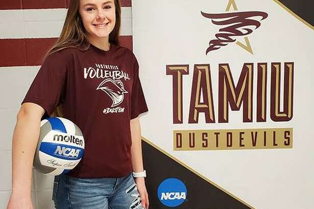 TAMIU head coach Brittany Harry announced Thursday the addition of Makenzey Blades to the roster for the 2020 season.