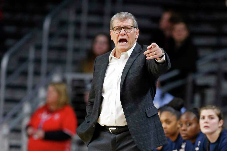 Coach Geno Auriemma and UConn were a unanimous No. 1 in the Big East coaches preseason poll. Photo: Gary Landers / Associated Press / Copyright 2020 The Associated Press. All rights reserved.