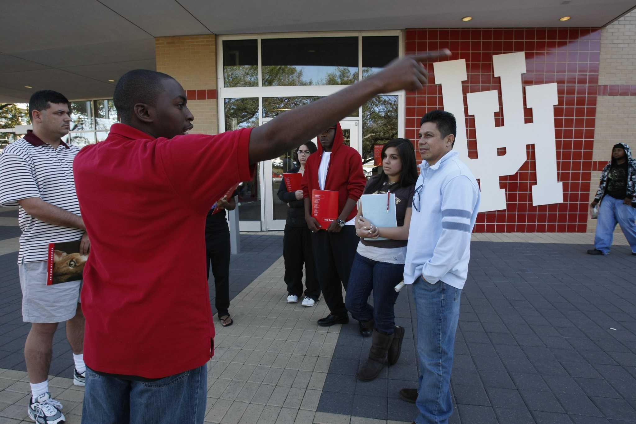 Thumbs: Houston resembles Mexico; Heroic voters; Ice cream lickers