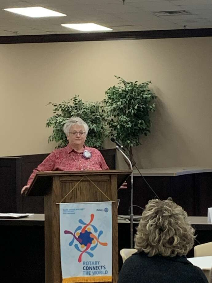 SuNell Pyeatt talks Compassionate Care Pregnancy Center during address to Rotary Club. Photo: Courtesy Photo/Plainview Rotary Club