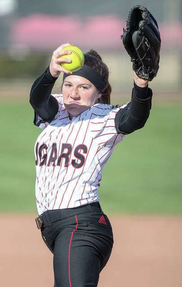 SIUE's Emily Ingles tossed a three-hitter and improved her season record to 6-1 Friday in a 4-1 victory over Indiana on the first day of the Wildcat Invitation in Tucson, Ariz. Photo: SIUE Athletics