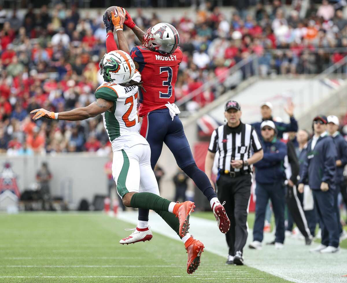 Houston Roughnecks wide receiver Sam Mobley (3) goes up for a pass while defended by Seattle Dragons cornerback Johnathan Alston (27) during the second quarter of an XFL game on Saturday, March 7, 2020, at TDECU Stadium in Houston. The catch was reviewed and called incomplete.