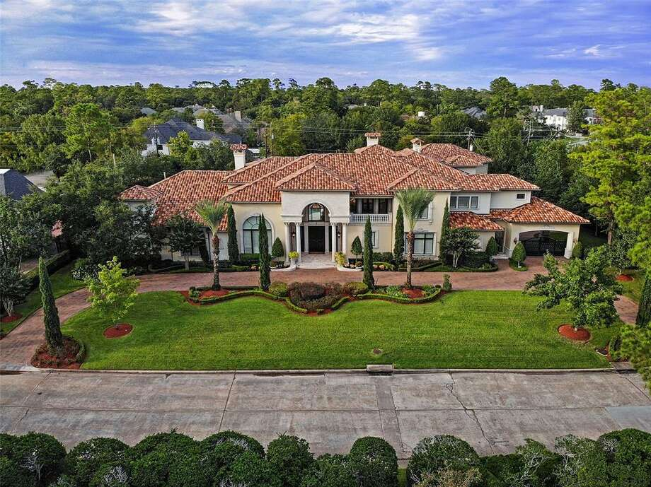4. 11010 N Country Squire Street, Houston House sold: $3.8 million - $4.4 million 6 bed | 7 full & 2 half bath | 11,735 sq. ft.