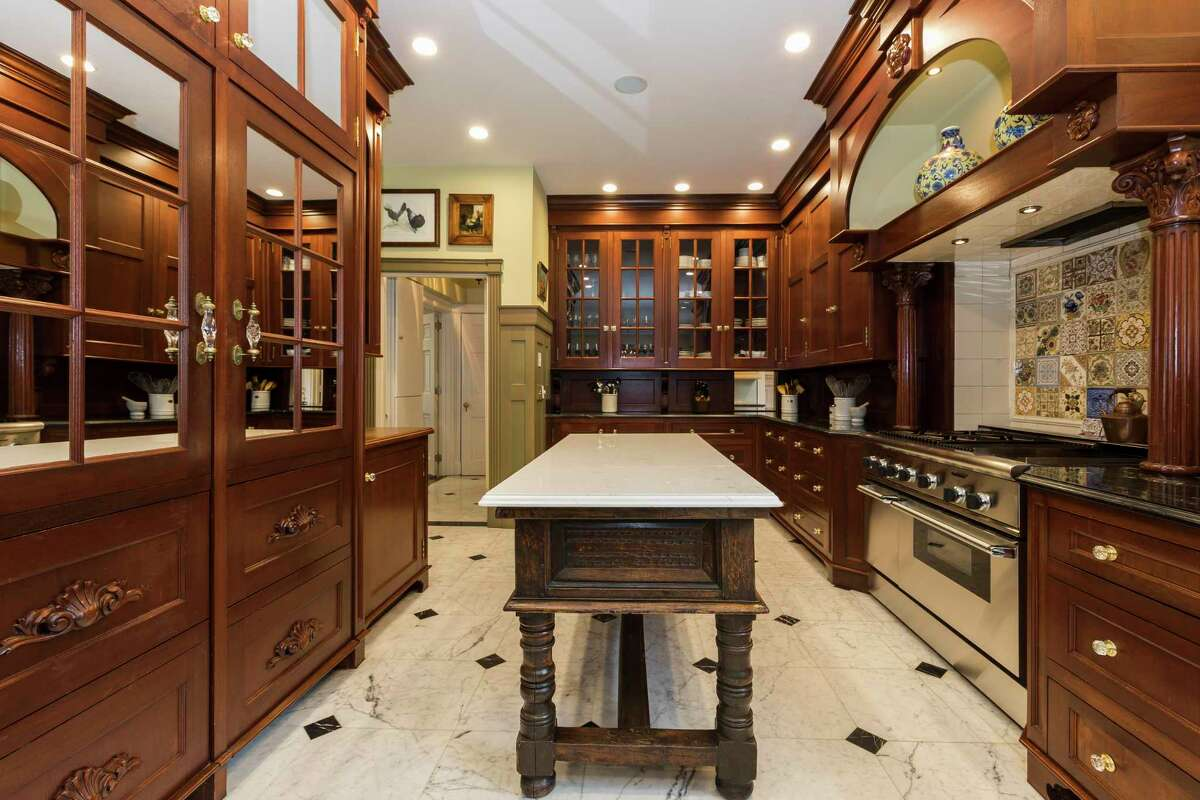 27 Country Club Road, Ridgefield, Conn., Kitchen