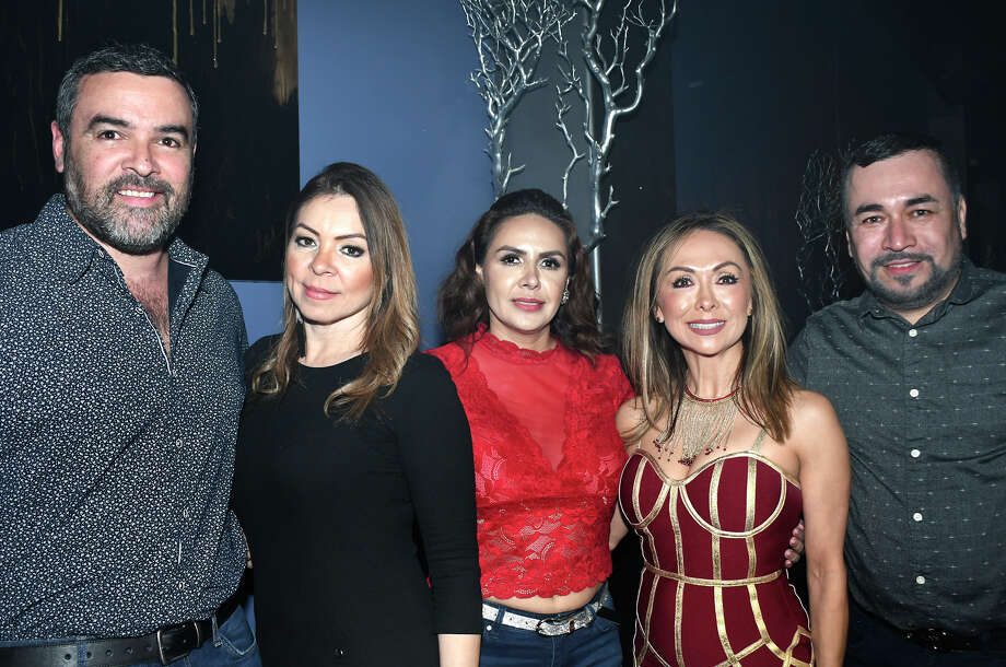Mexican singer Kalimba took the stage at Cielo Discotheque on Friday, March 6. Photo: Diana Garro/Laredo Morning Times