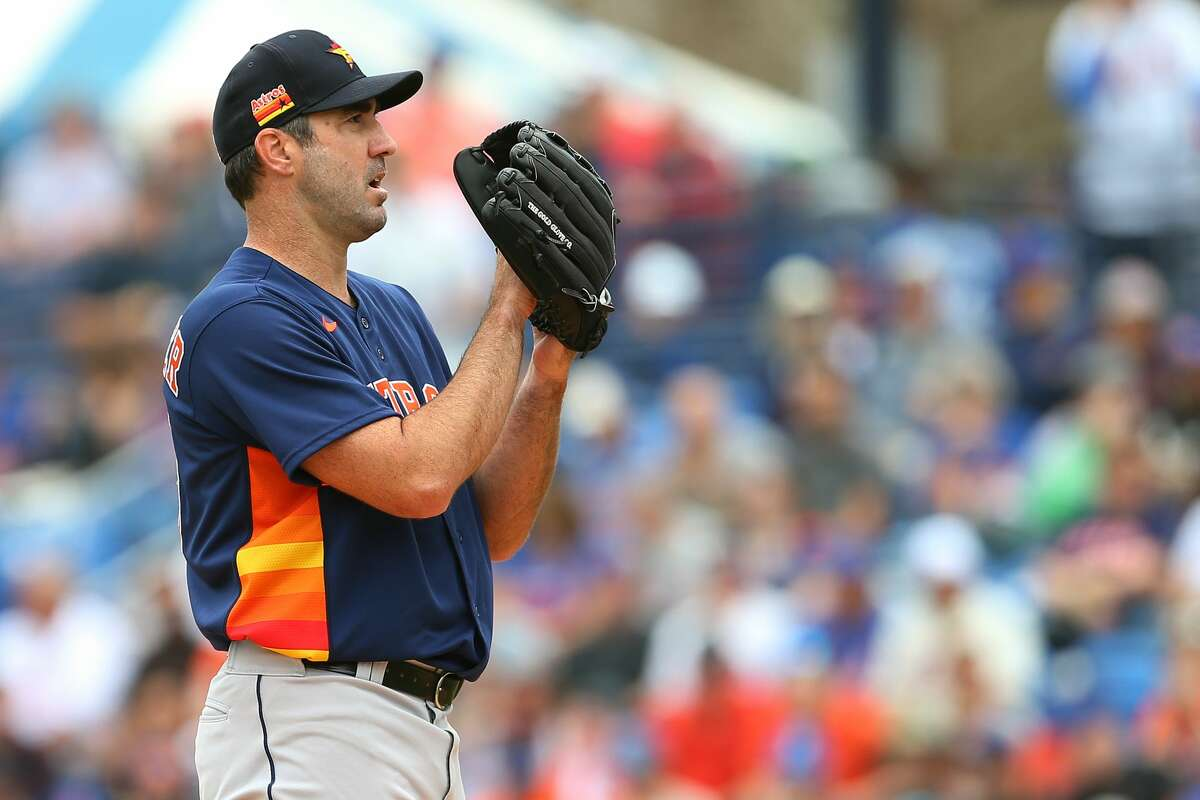 Astros pitcher Justin Verlander delivers a pitch against the New York Mets during the first inning of a spring training baseball game at Clover Park on March 8, 2020 in Port St. Lucie, Florida.