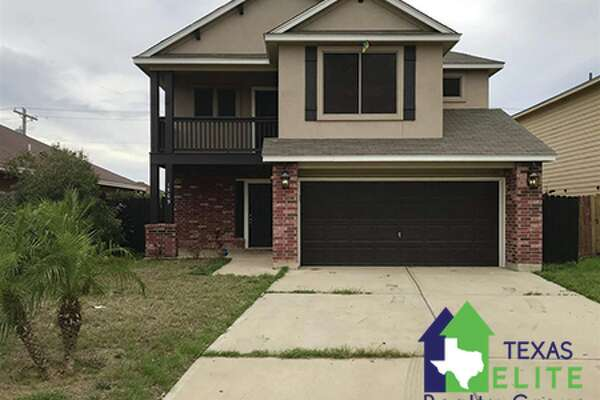 1509 Ann Harbor St. Click the address for more information 4 Bedroom, 3 Bath, 2 story home, with open concept living room and kitchen. Area: 08 All Of Mines Rd To Ih 35 Amenities: Large Master Bedroom, Dining Room, Walk-In Closet, Washer & Dryer Hookups School District: Uisd Garage Description: Double Attached Ernie Rendon: (956) 286-6692, ernie@txeliterealty.com