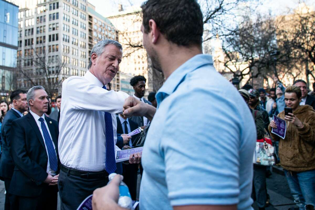 NEW YORK, NY - MARCH 09: New York Mayor Bill De Blasio visits Union Square to distribute information about the Coronavirus on March 9, 2020 in New York City. There are now 20 confirmed coronavirus cases in the city, out of the 142 total cases in New York State. (Photo by Jeenah Moon/Getty Images)