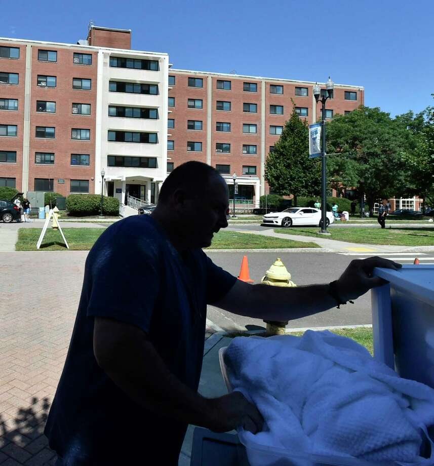 File photo of Southern Connecticut State University dormitories. Photo: Peter Hvizdak / Hearst Connecticut Media / New Haven Register