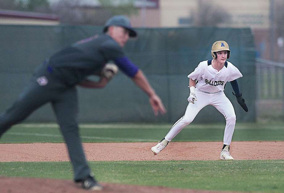 The UIL announced Friday it is canceling all remaining spring activities and state championships. Photo: Cuate Santos /Laredo Morning Times File / Laredo Morning Times