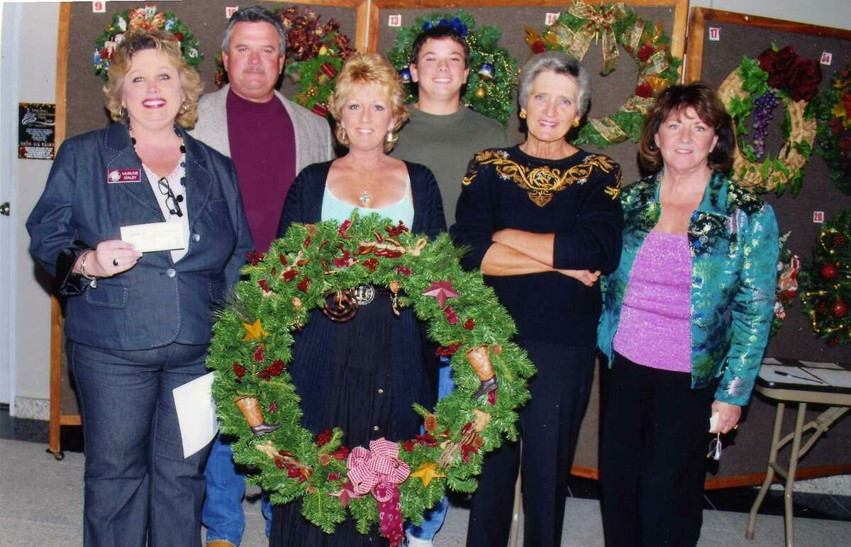 For years, an important part of the Deer Park Art Park Players' Christmas show has been the annual Louise McBee Circle of Wreaths to raise funds for The Rose Breast Imaging Center.