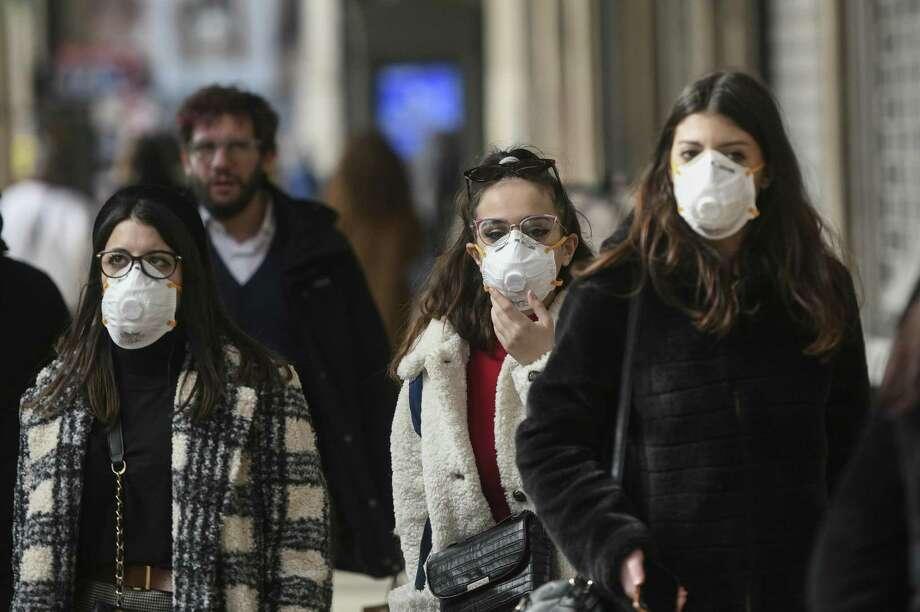 Coronavirus emergency in Milan, Italy. Photo: Dreamstime / Alberto Mihai / (c) Albertophotography | Dreamstime.com