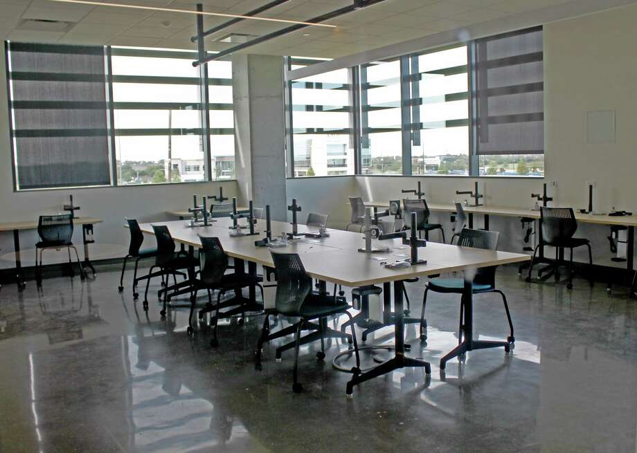An empty classroom at the University of Houston Sugar Land campus. Photo: Kristi Nix