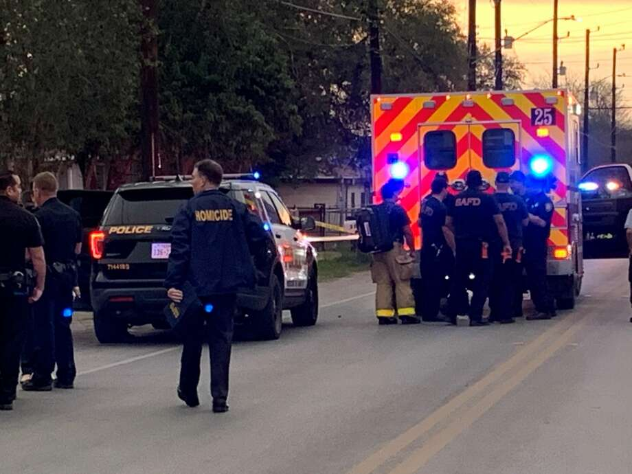 Two people are dead after a teenager stabbed his mom and sister to death, according to San Antonio police. Photo: Taylor Pettaway