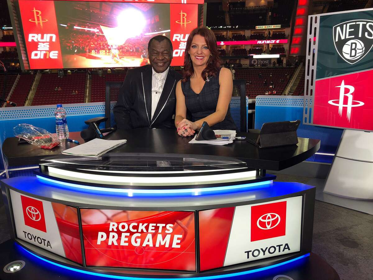 Along with my duties as the Astros field reporter, I serve as host for the Rockets pre-and-postgame shows on AT&T SportsNet.