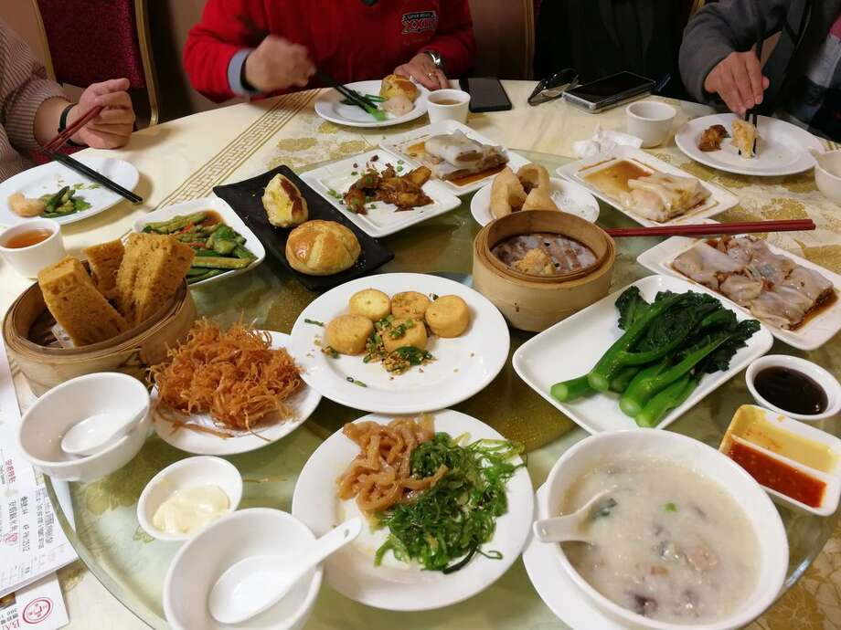 Peony Seafood Restaurant in Oakland Chinatown announced that it would temporarily close until the end of March. The closure comes amid coronavirus concerns. Photo: Lawrence L. On Yelp