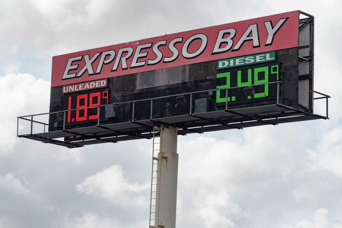 Gas prices in the area have dropped recently, including those at the Expresso Bay station on State Highway 347. Photo made on March 12, 2020. Fran Ruchalski/The Enterprise