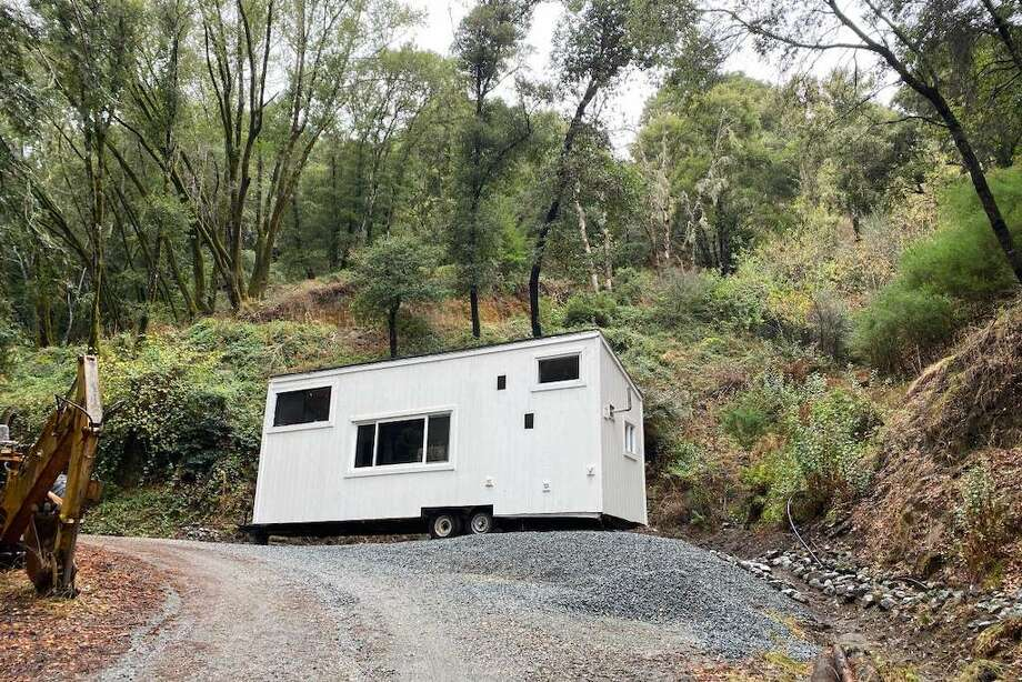 This tiny home in the Santa Cruz Mountains is available for rent. Photo: Craigslist